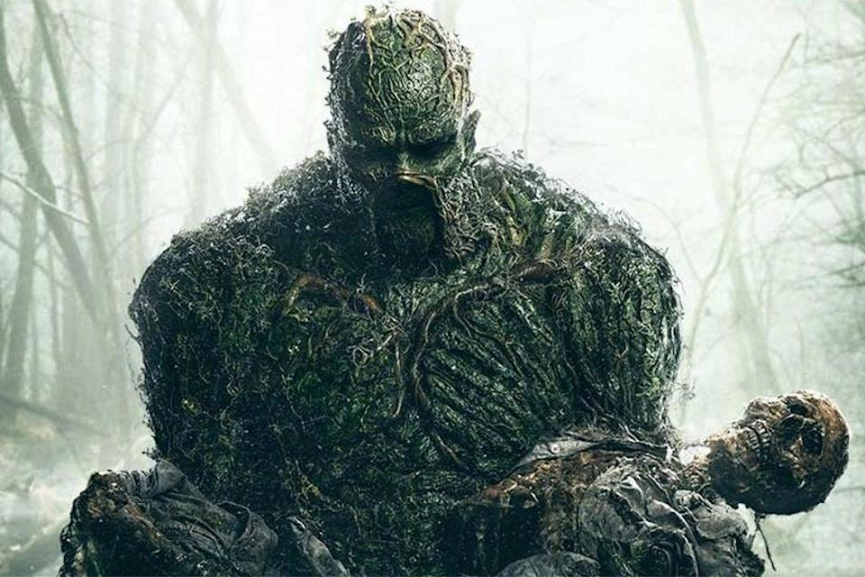 <p>Swamp Thing strikes a classic pose</p> (DC Universe)