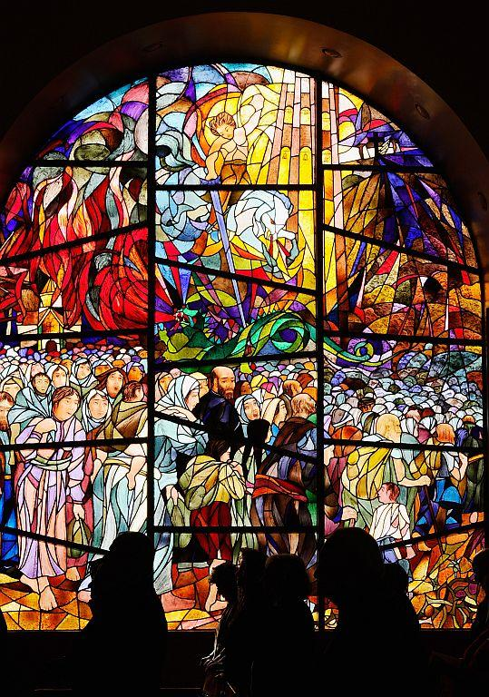 LOS ANGELES, CA:  Armenians celebrate Christmas mass at St. Garabed Armenian Apostolic Church against the backdrop of a stained glass window in Los Angeles, California. File photo: 2011