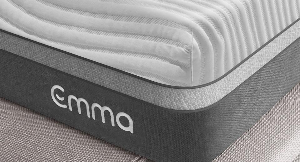 The Emma Mattress comes in a removable and machine-washable fabric cover.