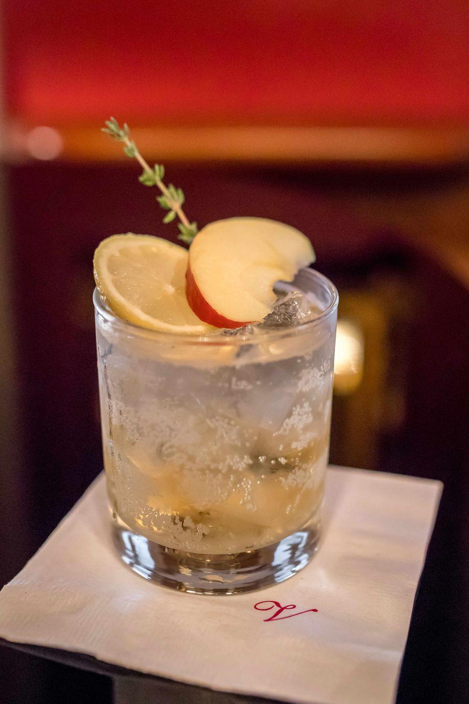 """<p><strong><strong>Ingredients</strong></strong></p><p>2 oz Alibi Gin<br>.25 oz lemon juice<br>Agave nectar, to taste<br>Sparkling apple cider<br>Garnished with thyme and apple</p><p><strong><strong>Instructions</strong></strong></p><p>Pour gin in shaker, add lemon juice and agave nectar, shake, and then pour into a high ball glass and top with sparkling cider. Garnish with fresh thyme and an apple slice.</p><p><em>From <a href=""""http://www.caperesorts.com/restaurants/capemay/ebbittroom"""" rel=""""nofollow noopener"""" target=""""_blank"""" data-ylk=""""slk:The Ebbitt Room"""" class=""""link rapid-noclick-resp"""">The Ebbitt Room</a> at the <a href=""""http://www.caperesorts.com/hotels/capemay/virginiahotel/"""" rel=""""nofollow noopener"""" target=""""_blank"""" data-ylk=""""slk:Virginia Hotel"""" class=""""link rapid-noclick-resp"""">Virginia Hotel</a> in Cape May, NJ</em></p><p><strong>More</strong>: <a href=""""https://www.townandcountrymag.com/leisure/drinks/g28568631/apple-cider-cocktails/"""" rel=""""nofollow noopener"""" target=""""_blank"""" data-ylk=""""slk:The 16 Tastiest Apple Cider Cocktails to Make This Fall"""" class=""""link rapid-noclick-resp"""">The 16 Tastiest Apple Cider Cocktails to Make This Fall</a></p>"""