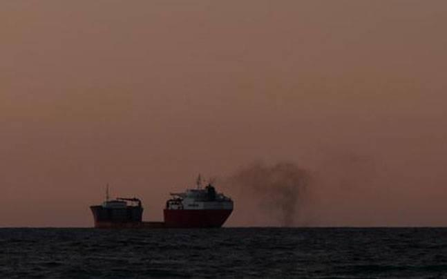 Indian cargo ship hijacked by Somali pirates on way to Yemen