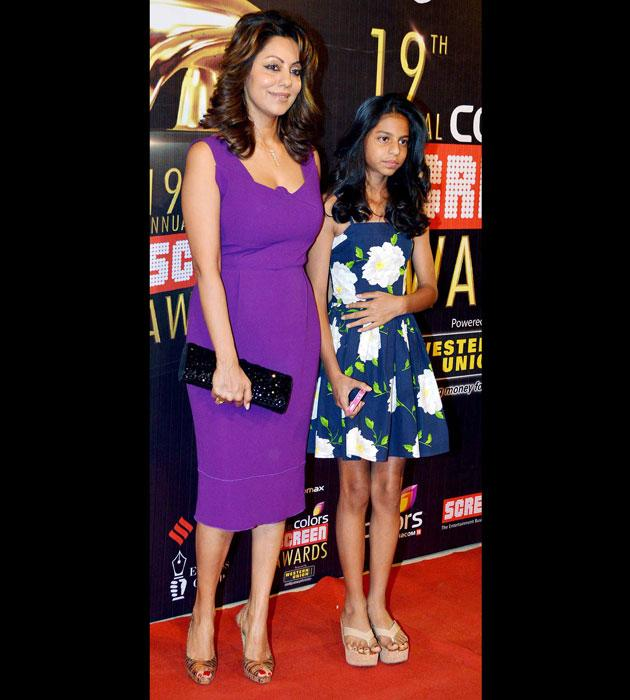 We spotted Suhana and Gauri at the Star Screen Awards. It seemed like yesterday when we sported her wearing pigtails. She is all grown up and every inch a stylish young lady in a floral print dress.