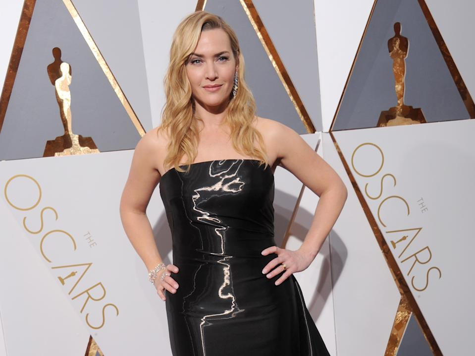 HOLLYWOOD, CA - FEBRUARY 28:  Actress Kate Winslet arrives at the 88th Annual Academy Awards at Hollywood & Highland Center on February 28, 2016 in Hollywood, California.  (Photo by Gregg DeGuire/WireImage)