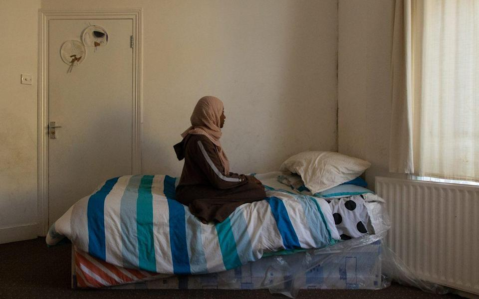 Mariam and her three children have been spending lockdown cramped inside one room - LAURA DODSWORTH