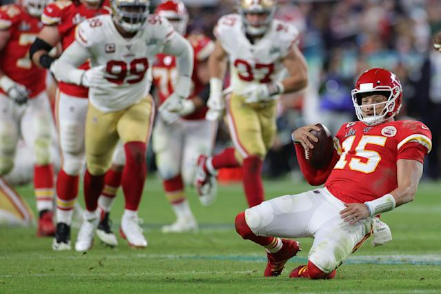 MIAMI, FLORIDA - FEBRUARY 02: Patrick Mahomes #15 of the Kansas City Chiefs runs with the ball against the San Francisco 49ers during the third quarter in Super Bowl LIV at Hard Rock Stadium on February 02, 2020 in Miami, Florida. (Photo by Jamie Squire/Getty Images)