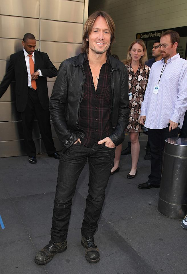 "<p class=""MsoNormal"">Keith Urban has become such a big name in the music industry that he has a ringside seat for all the action taking place between his fellow feuding ""American Idol"" judges Nicki Minaj and Mariah Carey. The Aussie singer is best known to his mainstream fans for songs like ""You'll Think of Me"" and ""Somebody Like You,"" and for his marriage to actress Nicole Kidman. </p>"