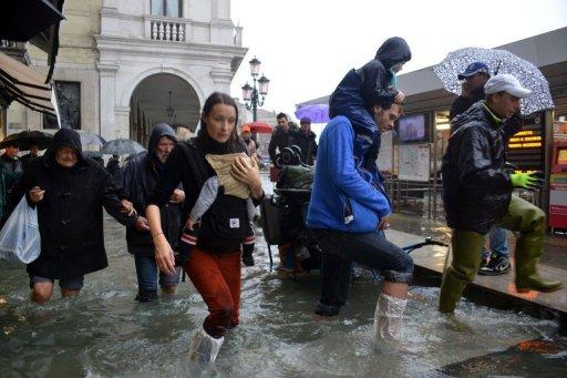 Venice flooded as 200 evacuated in Tuscany