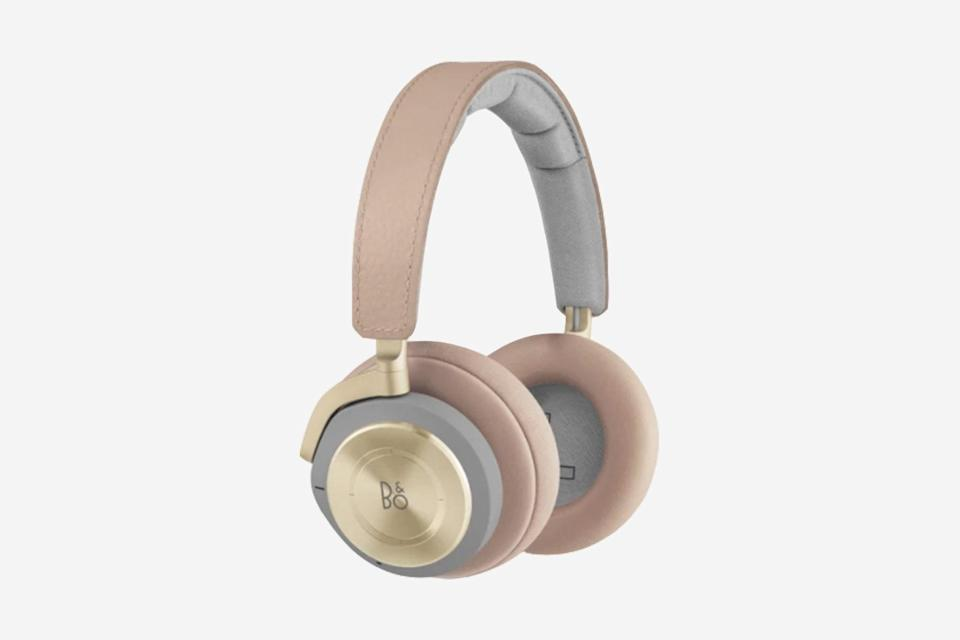 """<p>At $500, the flagship wireless offering from high-end Danish audio producer Bang and Olufsen is the priciest on this list by a long shot. But technophiles and devotees of the brand alike swear by its pitch-perfect finesse—balancing a nuanced true-to-life musical sound quality with technical noise-canceling performance; reconciling the appeal of analog feel with modern sensibilities. Compared to its competitors, the product offers a more sensitive microphone that eliminates noise in real-time as you speak. Design though, may be the biggest plus here: the sturdy headphones boast a stitched-leather headband, memory foam pads, and ear cups with touch controls. Luxury technology, this is. —<em>D.D.</em> </p> <p><strong>Battery life</strong>: 25 hours</p> <p><strong>Hits</strong>: Unmatched ergonomic design; Danish minimalist craftsmanship; easily accessible Google voice assistant; above average battery life</p> <p><strong>Misses</strong>: A splurge-level price; less technically-advanced active noise cancellation</p> <p><strong>Buy now</strong>: <a href=""""https://fave.co/2KqvOLZ"""" rel=""""nofollow noopener"""" target=""""_blank"""" data-ylk=""""slk:$500, bang-olufsen.com"""" class=""""link rapid-noclick-resp"""">$500, bang-olufsen.com</a></p>"""