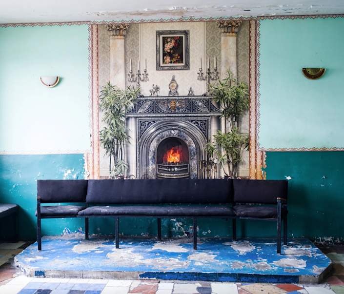 A pastel green common area photojournalist Misha Friedman encountered while touring Ukrainian prisons.