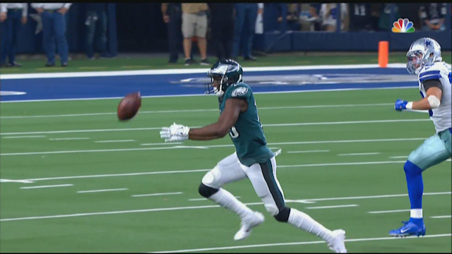 Eagles Fans Frustrated Over Nelson Agholor's Failed Attempt To Catch 60-Yard Bomb Against Cowboys