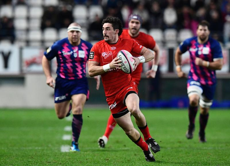 friends reunited as lyon eye toulon upset in french top 14. Black Bedroom Furniture Sets. Home Design Ideas