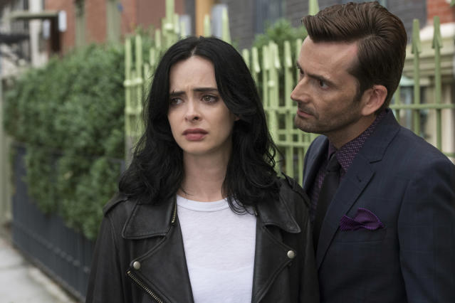 Krysten Ritter and David Tennant as Kilgrave in <em>Jessica Jones</em>. (Photo: Netflix)