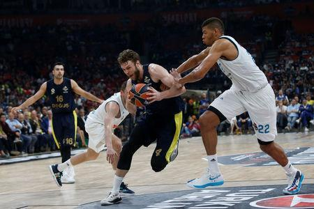 Basketball - Euroleague Final Four Final - Real Madrid vs Fenerbahce Dogus Istanbul - Stark Arena, Belgrade, Serbia - May 20, 2018 Fenerbahce Dogus Istanbul's Nicolo Melli in action with Real Madrid's Walter Tavares REUTERS/Alkis Konstantinidis