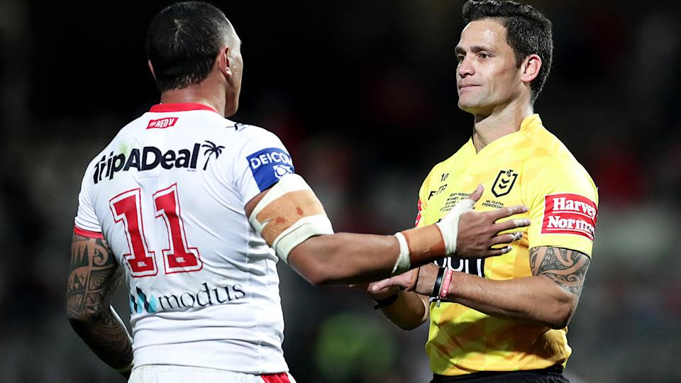 Tyson Frizell, pictured here speaking to Henry Perenara during an NRL game in 2020.