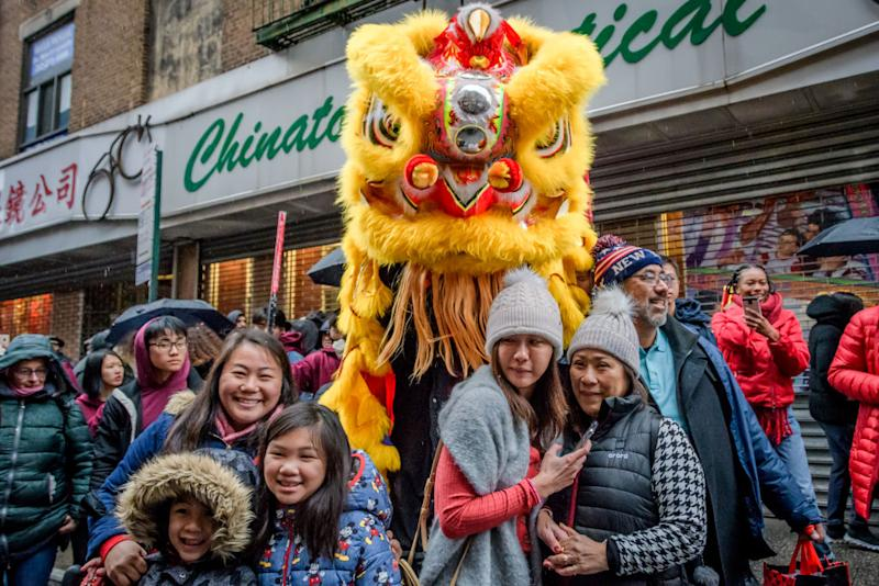 CHINATOWN, MANHATTAN, NY, UNITED STATES - 2020/01/25: Chinese lion roaming the streets of Chinatown in NYC. Traditional lion dances, drumming and dancing kept unfriendly ghosts clear of Chinatown as they roam the streets to welcome the Year of the Rat and ward off evil spirits. 2020 marks the 21st year that this event has been held in New York City. (Photo by Erik McGregor). (Photo by Erik McGregor/LightRocket via Getty Images)