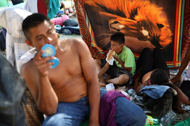 "<p>A Central American migrant family from Honduras participating in the annual Migrant Stations of the Cross caravan or ""Via crucis,"" organized by the ""Pueblo Sin Fronteras"" activist group, rests at a sports center during the caravan's few-days stop in Matias Romero, Oaxaca state, Mexico, Monday, April 2, 2018. (Photo: Felix Marquez/AP) </p>"
