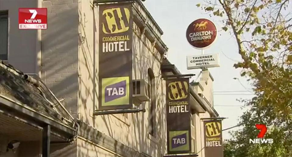 Police are hunting five thugs over a violent brawl at a Werribee Hotel. Source: 7 News