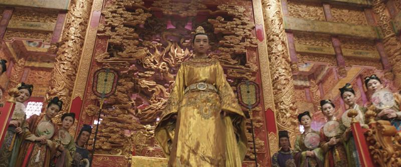 """This image released by Legendary Pictures and Universal Pictures shows Junkai Wang as The Emperor in a scene from """"The Great Wall."""" (Legendary Pictures and Universal Pictures via AP)"""