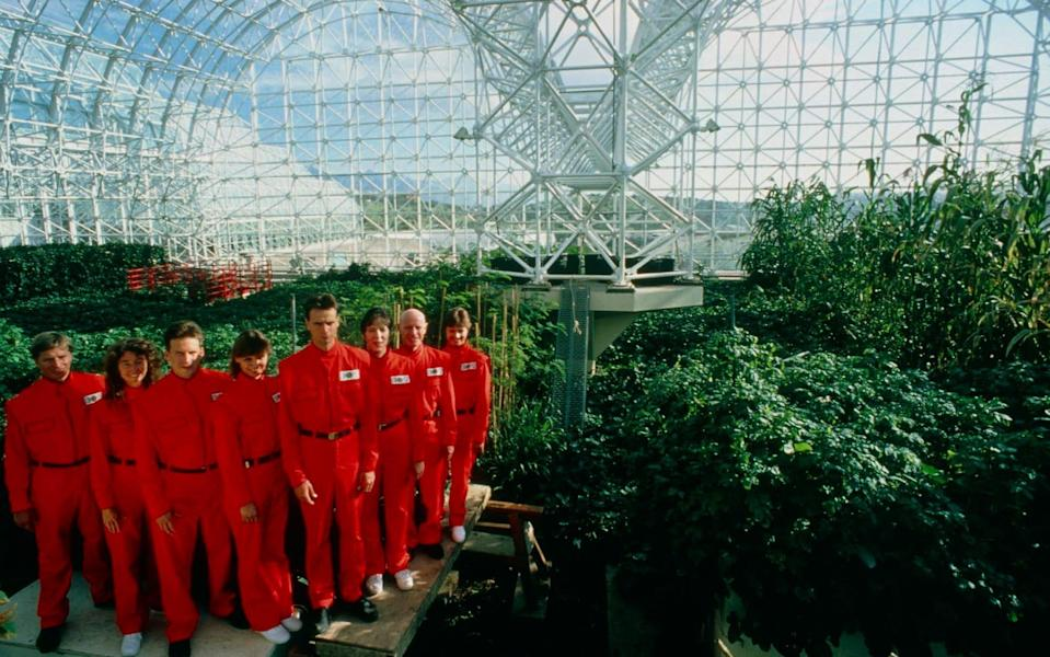 The 'Biospherian' crew inside Biosphere 2, their habitat for two years - Neon/Philippe Plailly