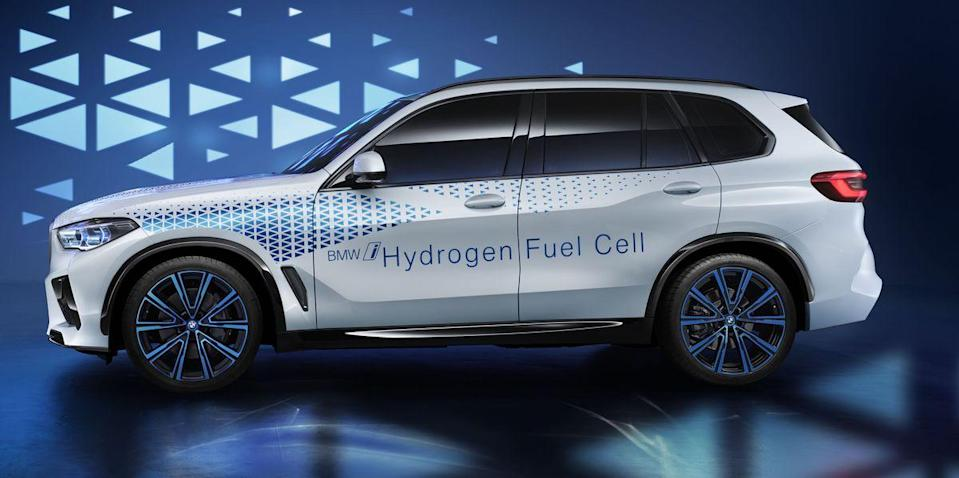 Who is in the hydrogen car game?