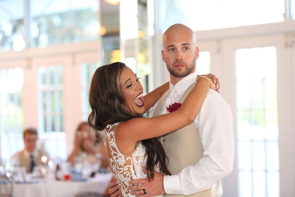 The Florida wedding of Sadie and Adam Dajka was disrupted by an unruly crasher. (Photo: VR Vision Photography)