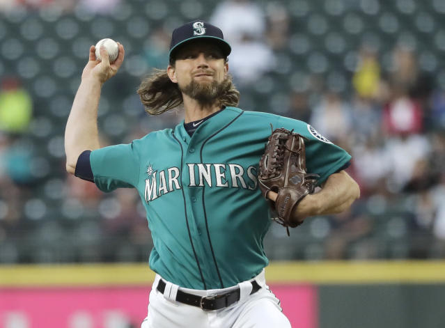 Seattle Mariners starting pitcher Mike Leake throws against the Los Angeles Angels during the fifth inning of a baseball game, Friday, July 19, 2019, in Seattle. (AP Photo/Ted S. Warren)