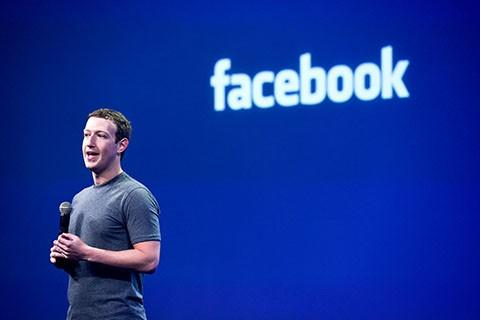 Mark Zuckerberg, chief executive officer of Facebook Inc., speaks during the Facebook F8 Developers Conference in San Francisco, California, U.S., on Wednesday, March 25, 2015. Zuckerberg plans to unveil tools that let application makers reach the social network's audience while helping the company boost revenue. Photographer: David Paul Morris/Bloomberg via Getty Images