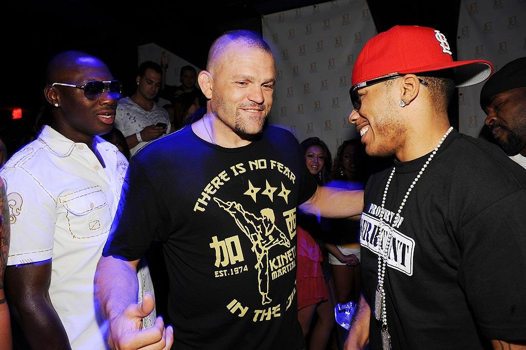 "Boxer Antonio Tarver and MMA fighter Chuck Liddell congratulate Nelly for making it so ""Hot in Herre."" Denise Truscello/<a href=""http://www.wireimage.com"" target=""new"">WireImage.com</a> - July 6, 2009"