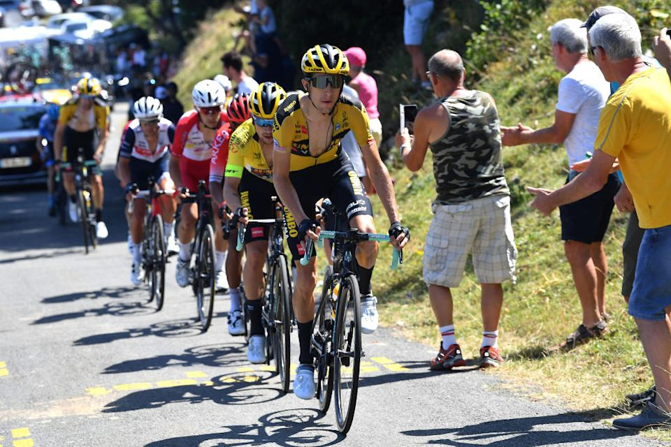 Bennett stayed with Roglic until the last