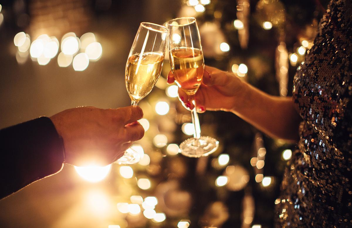 """<p>This long-standing tradition dates back to nobles using the expensive libation for royal celebrations. Save the beers for game days and the wine for girls nights. <a href=""""https://www.thedailymeal.com/drink/champagne-facts-gallery/slide-2?referrer=yahoo&category=beauty_food&include_utm=1&utm_medium=referral&utm_source=yahoo&utm_campaign=feed"""">New Year's Eve is the night for Champagne</a>. Get the bubbly ready and gather your crew for a midnight toast to the passing of one year and the start of another. <a href=""""https://www.theactivetimes.com/how-much-water-drink-every-day?referrer=yahoo&category=beauty_food&include_utm=1&utm_medium=referral&utm_source=yahoo&utm_campaign=feed"""">Don't forget to hydrate</a> to avoid a champagne-induced hangover.</p>"""