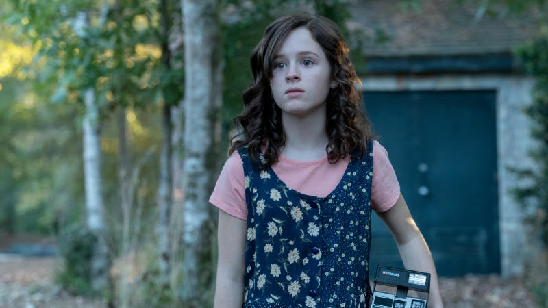Lulu Wilson in Netflix horror series 'The Haunting of Hill House'. (Credit: Tina Rowden/Netflix)
