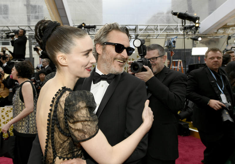 HOLLYWOOD, CALIFORNIA - FEBRUARY 09: (L-R) Rooney Mara and Joaquin Phoenix attends the 92nd Annual Academy Awards at Hollywood and Highland on February 09, 2020 in Hollywood, California. (Photo by Kevork Djansezian/Getty Images)