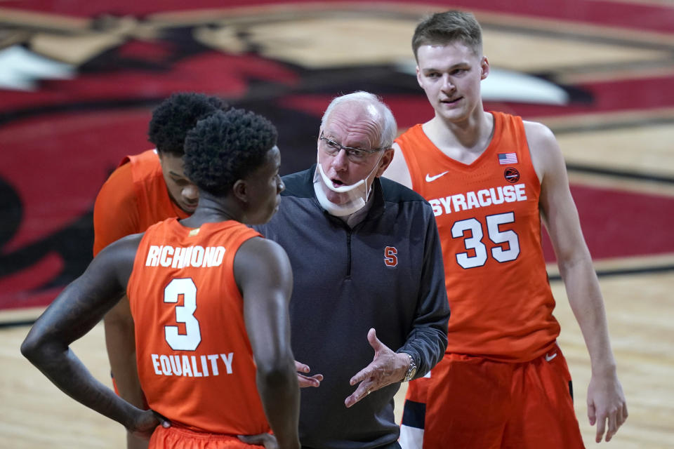 Syracuse head coach Jim Boeheim instructs his players during the second half in an NCAA college basketball game against Boston College, Saturday, Dec. 12, 2020, in Boston. (AP Photo/Elise Amendola)
