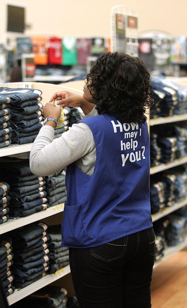 Walmart employees may soon be able to wear jeans to work. (Photo by Tim Boyle/Getty Images)