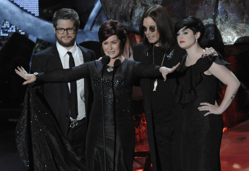 The Osbournes are seen on stage at the Scream Awards on Saturday Oct. 18, 2008 in Los Angeles. From left are, Jack Osbourne, Sharon Osbourne Ozzy Osbourne and Kelly Osbourne. (AP Photo/Chris Pizzell0)
