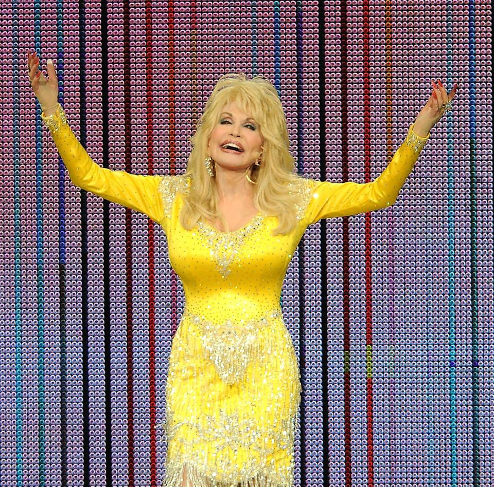 <p>Do as Dolly does. Be as bold as Dolly Parton in yellow.</p>
