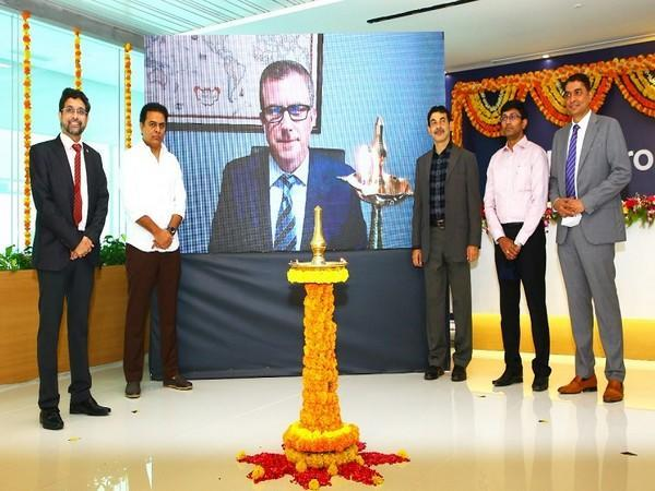KT Rama Rao and Geoff Martha, Medtronic Chairman & CEO inaugurated the Medtronic R&D center