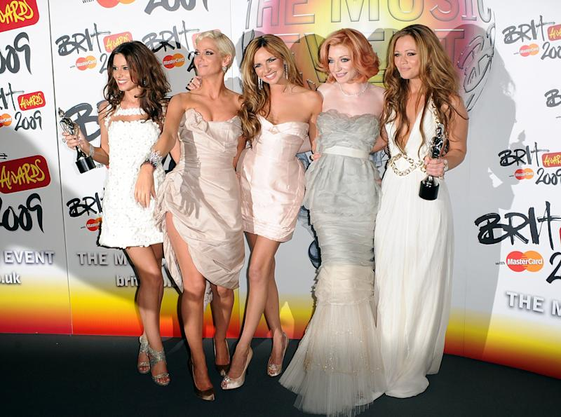 Girls Aloud with the Best British Single award during the BRIT Awards, at Earls Court, central London, SW5.