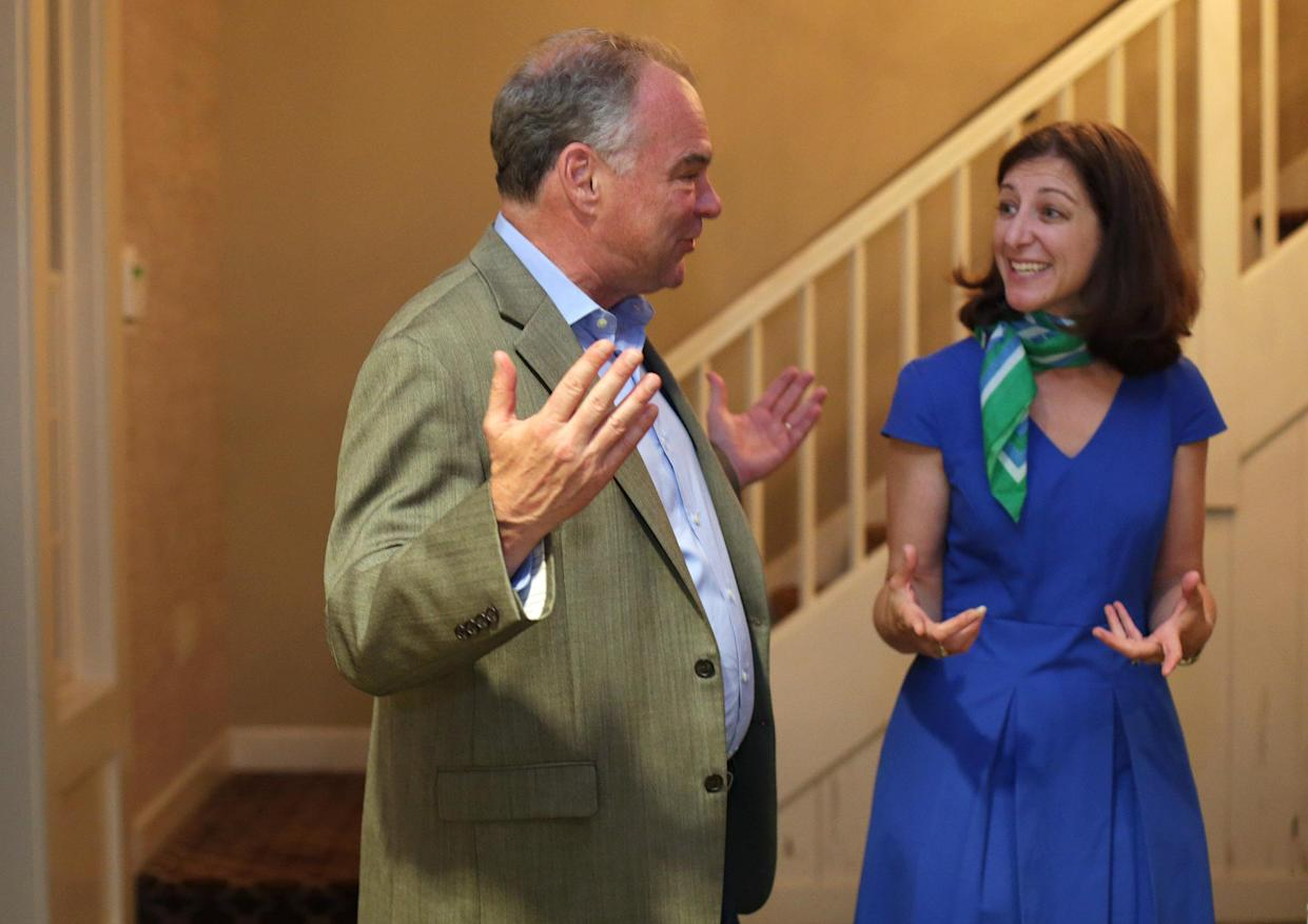 Virginia Sen. Tim Kaine and Second Congressional District candidate Elaine Luria at a Democratic fundraiser in Virginia Beach, Va., on Sept. 22, 2018. (Photo :Vicki Cronis-Nohe for the Washington Post via Getty Images)