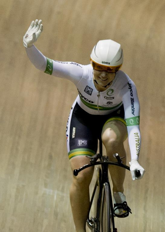 Australia's Anna Meares celebrates winning the silver medal during the Women's500mTimeTrial at the Track World Championships in Colombia on February 26, 2014 (AFP Photo/Luis Robayo)