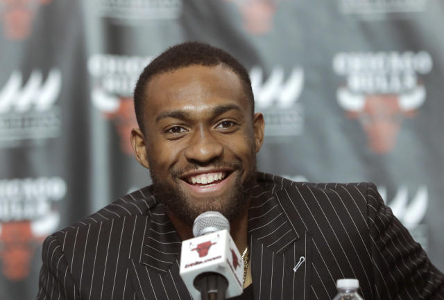 Jabari Parker doesn't think he's in Chicago to be a defensive stopper. (AP Photo)