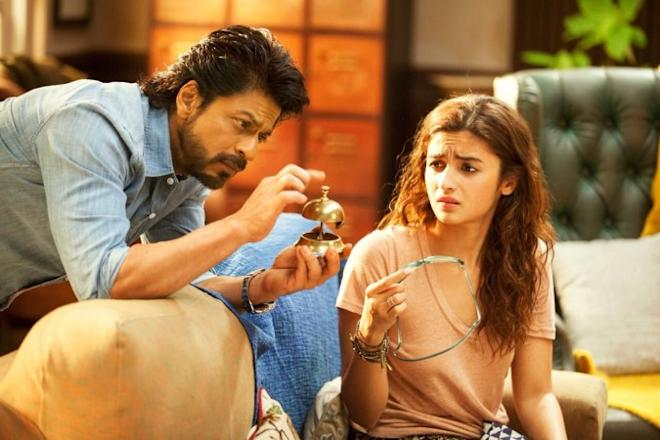 Dear Zindagi review: Sushant Singh, Dia Mirza and other Bollywood celebs rave about Shah Rukh-Alia's film