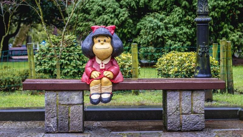 Statue of Mafalda designed by Pablo Irrgang in San Francisco Park in Oviedo in Asturias region, Spain Alamy