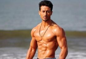 Tiger Shroff to wield the most powerful machine gun for action thriller 'War'
