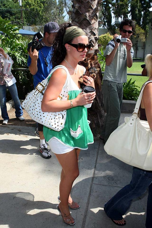 "Is Brit hiding something underneath her baggy shirt? <a href=""http://www.x17online.com"" target=""new"">X17 Online</a> - July 23, 2007"