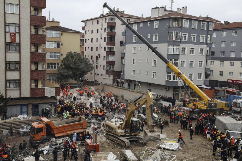 Erdogan Attends Funeral, Visits Building Collapse Site