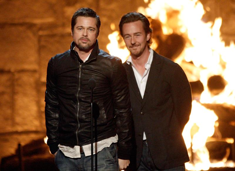 Brad Pitt e Edward Norton, que protagonizaram Clube da Luta (Photo by Kevin Winter/Getty Images)
