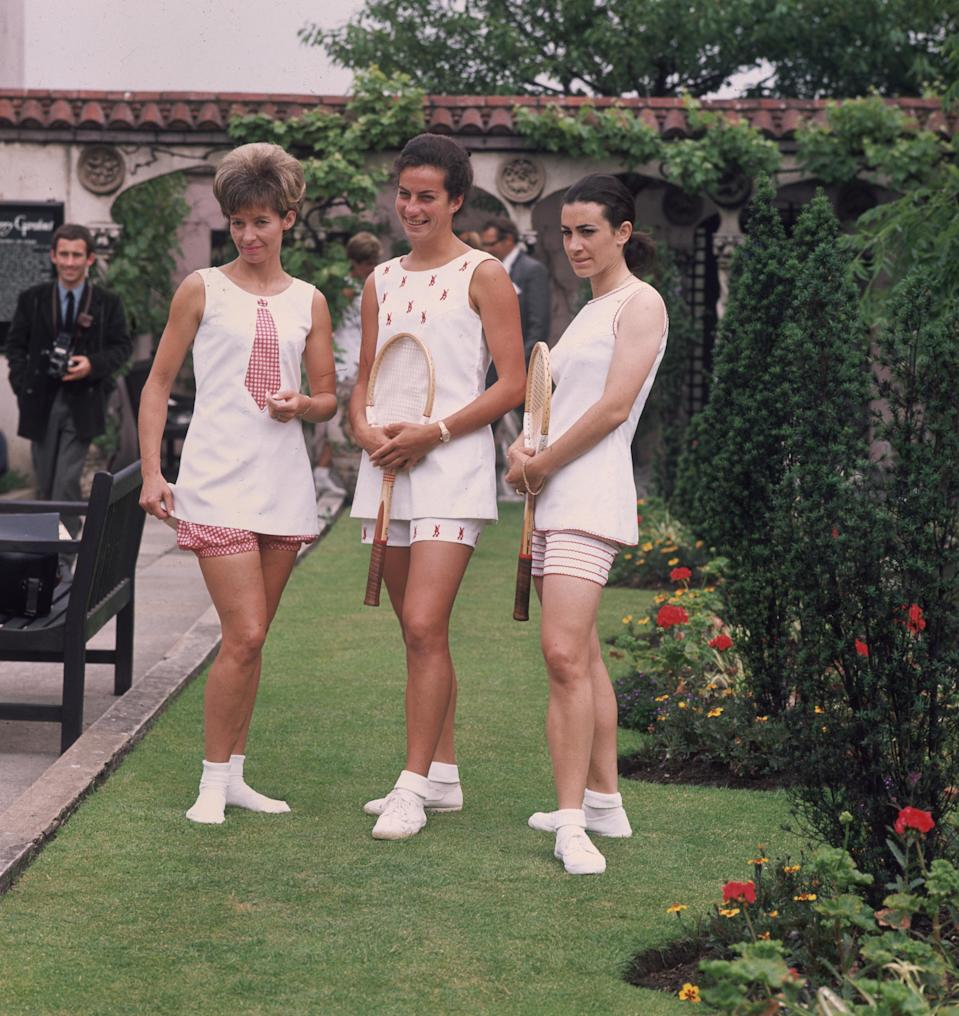 From left, Virginia Wade, Lorna Greville-Collins, and Marlys Burel. (Photo: George Freston/Fox Photos/Getty Images)