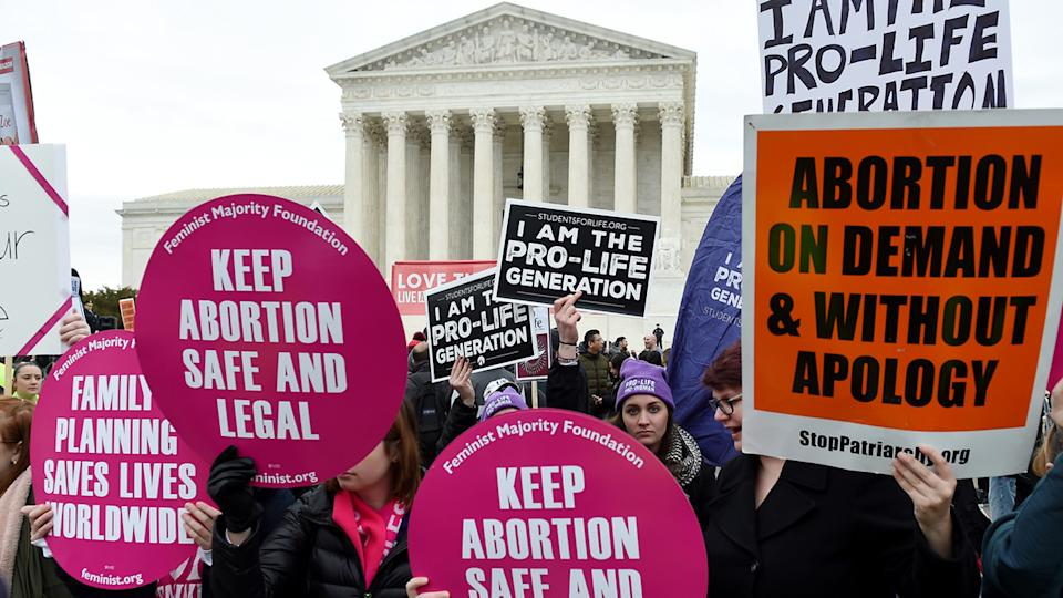 Pro-choice and pro-life activists demonstrate in front of the the US Supreme Court during the 47th annual March for Life on January 24, 2020 in Washington, DC. (Olivier Douliery/AFP via Getty Images)