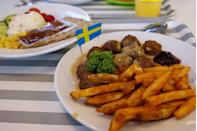 "<p>Almost every dish is better with a side of fries. Most options on the menu include them in the meal. IKEA's fries aren't too thick, and they're not too thin — they are the perfect size of salted potato goodness. </p><p>Photo: Flickr/<a href=""https://www.flickr.com/photos/yehfriedchicken/1684965405/in/photolist-yYmYn-bnovTv-8a3vWv-83mKWj-eV26V8-9gMBXR-85NffD-WGL7x5-UEMvo1-9Crg2T-eiyzhN-SoEhHN-6mCRMU-92XFfe-agvtB7-ugZnmR-cQ2dQs-D12qhE-boGW7N-7siVk8-H7tCLQ-241eDaE-24DThma-25XasFy-prj6pV-7eWYXS-6DuoVt-SoEisJ-8tGa5q-9QrgRC-ceW8R1-p68m41-a47yQr-oPa3h3-boWmpy-oNCrTX-3yTTvF-3kG6TE-a2gyGJ-F59hcK-8WxcUA-67Tm7v-Uh3Vsh-93qeYk-52xzZo-5WDmCj-AxBJWL-21ULba-ocnb1V-EeUj2i"" rel=""nofollow noopener"" target=""_blank"" data-ylk=""slk:Yeh fried"" class=""link rapid-noclick-resp"">Yeh fried</a></p>"
